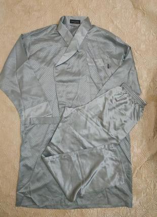 Шикарный атласный мужской халат и брюки от pierre cardin