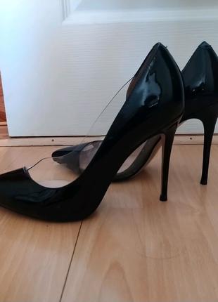 Шикарные туфли Vitto Rossi, 38 р.