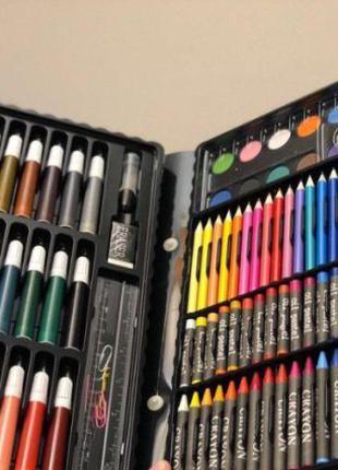 В кейсе Набор Большой Художественный для рисования 150 штукPro+