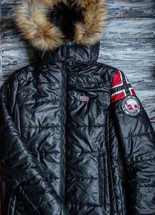 Зимняя куртка, короткий пуховик napapijri