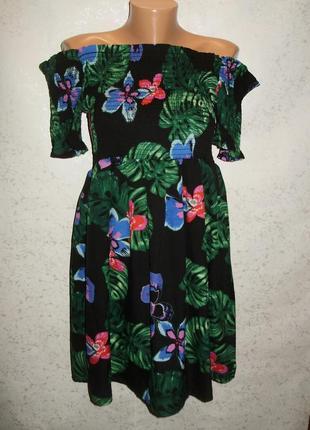 Красивое легкое платье в принт спущенные плечи 16/50-52 размера