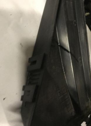 Крышка блока предохранителей (ЭБУ) Омега Б Opel Omega B