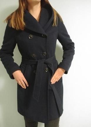 Зимнее пальто 70% шерсть(s, м)