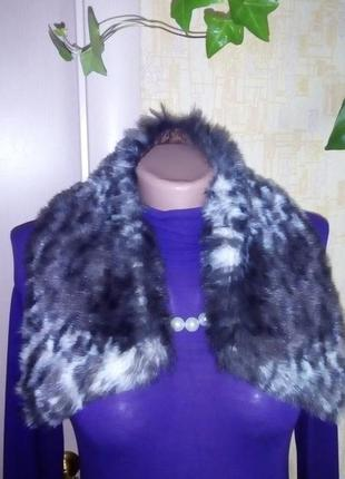 Красивый меховый   воротник/шарф/платок/шуба/мех/куртка/енот /...