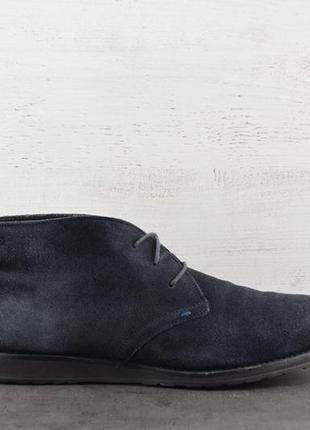 Ботинки hugo boss. замша, внутри шерсть. размер 46