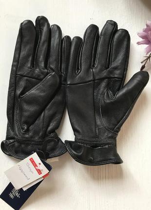Кожаные новые перчатки дефект