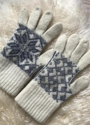 Перчатки шерсть со снежинкой