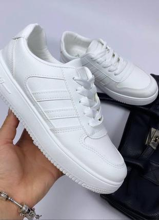 Белые кроссовки кеды,эко кожа
