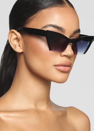 Очки солнцезащитные квадратные градиент кошечки
