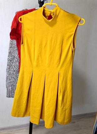 Платье горчичное zara