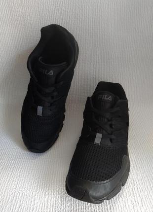 Fila оригинальные кроссовки 44,5