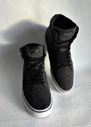 Vans оригинальные ботинки 44