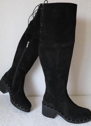 Женские зимние черные замшевые ботфорты на невысоком каблуке с...