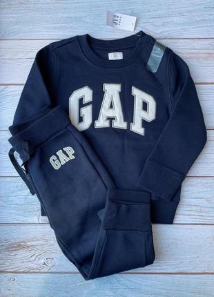 Костюм gap для мальчика 3 года
