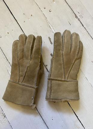 Теплющие кожаные перчатки на меху