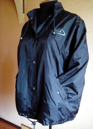 Куртка ветровка чёрного цвета на 54/58 размер