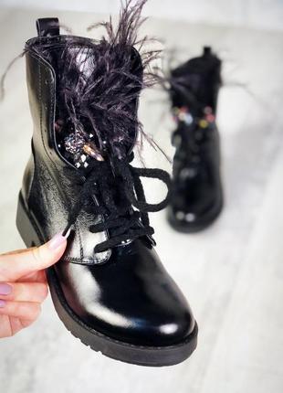 Натуральная кожа экстравагантные лаковые осенние ботинки с пушком