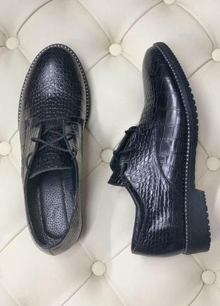 Туфли из натуральной итальянской кожи питон 40 р