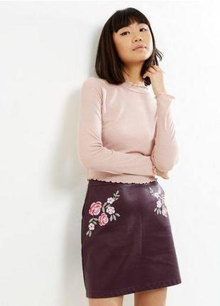 Кожаная юбка цвета марсала с вышивкой new look