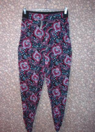 Цветные  высокие штаны (на несколько размеров) 46-50 р  турция...