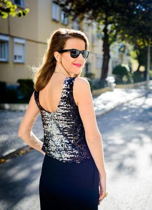 Бесподобная модель летней блузы в пайетках от хайди клум