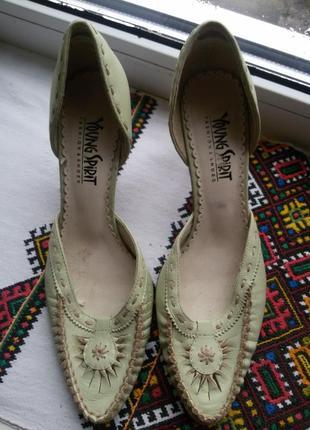 Туфли-босоножки young spirit  цена снижена акция