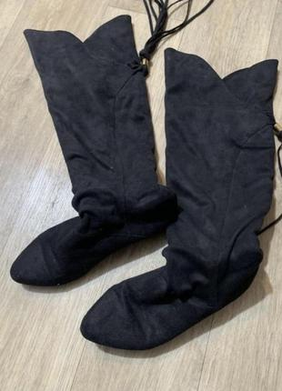 Высокий сапог чулок ботфорты на низком каблуке