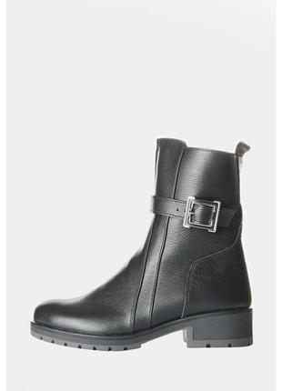 Кожаные женские ботинки на зиму со змейкой
