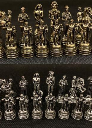 Сувенирные шахматы бронза