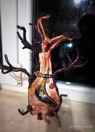 Кожаное дерево. Сувенир ручной работы