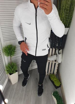 Шикарный спортивный костюм nike