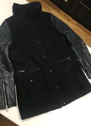 Стильна подовжена куртка-пальто з шкіряними рукавами (еко-шкіра)