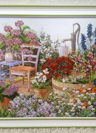 Картина бисером Цветы в саду лето весна
