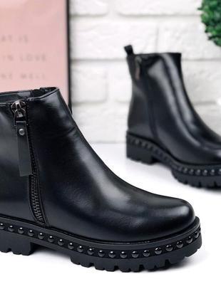 Крутые качественные зимние ботинки