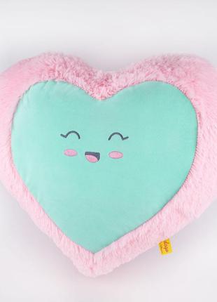 Подушка сердце . отличный подарок .