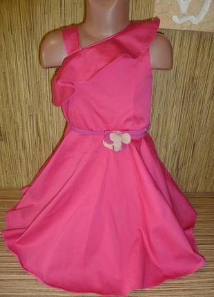 Стильное нарядное платье на 7 лет