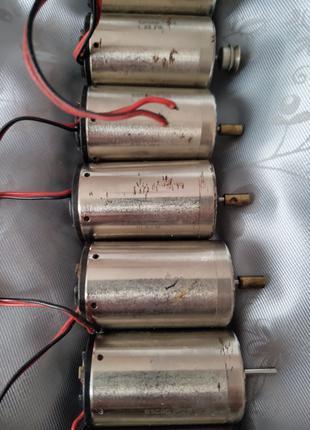 2 Электродвигатель Escap 26 L 28 213 постоянного тока Швейцария