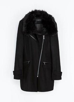 В наличии - деми-пальто с меховым воротником *zara basic* р. m...