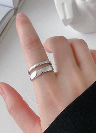 Женское серебряное кольцо безразмерное