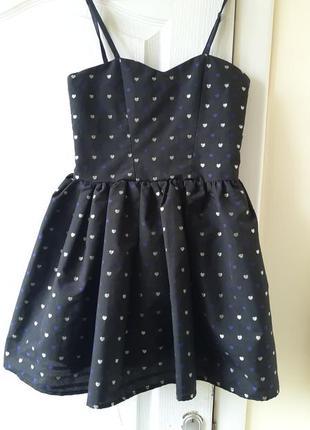 Красивое платье на девочку 9-11 лет , пог 35 см