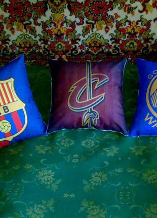 Подушки команд НБА Кливленд,Голден Стэйт,ФК Барселона