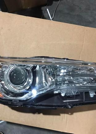 Toyota Camry 55 2015 2016 2017 фары white LE USA 81150-06860