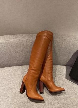 Женские высокие кожаные сапоги