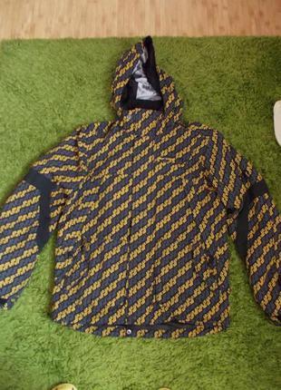 В наличии модная куртка весна-осень (можно евро зима),фирма pr...