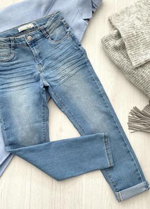 Светло-синие стильные джинсы skinny fit для девочки подростка...