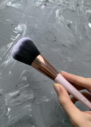 Кисточка кисть для пудры 001 мальва malva cosmetics для макияж...