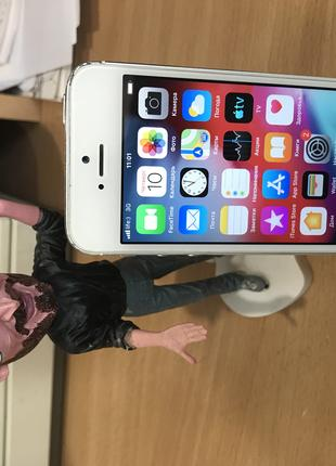 Apple iPhone 5s 16Gb №40 Оригинал Neverlock