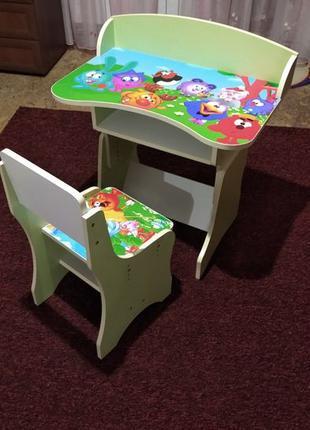 Парта (стол) детская со стулом.
