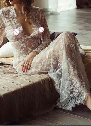 Обворожительная кружевная ночная сорочка в пол