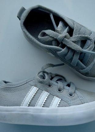 Кеды adidas оригинал. стелька 13, 5 см